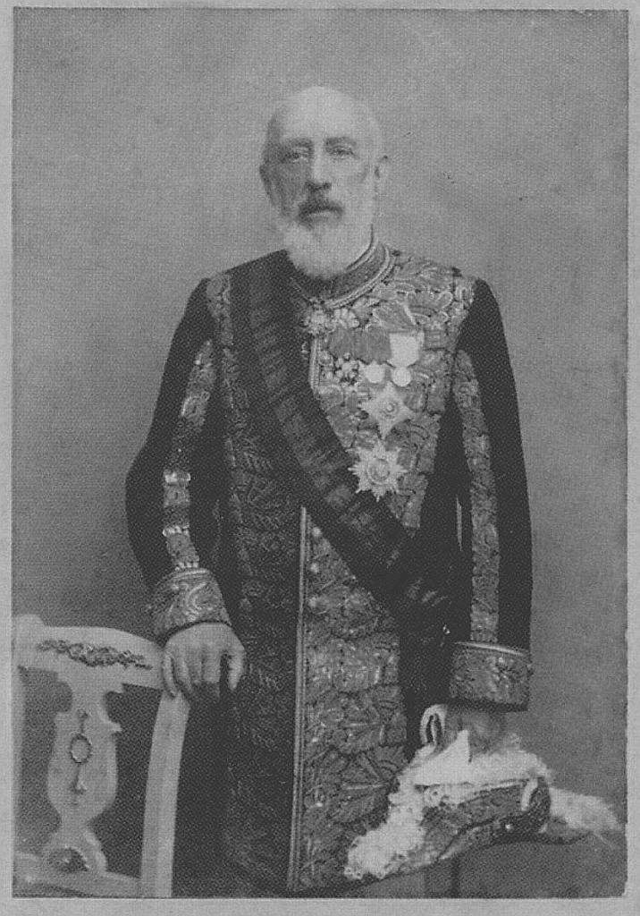 http://www.vladregion.info/files/images/person/nechaev-malcev__yuriy__stepanovich/yu.s._nechaev-malcov_1912_god.jpg